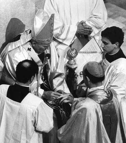"<div class=""meta ""><span class=""caption-text "">Pope John Paul II puts a gold ring on the finger of Archbishop Joseph L. Bernardin, of Chicago, during Feb. 2, 1983 ceremony in St. Peter's Basilica. 18 new cardinals received a gold ring from Pope Paul II and concelebrated a mass at the end of a day-long Concistory.  ((AP Photo))</span></div>"